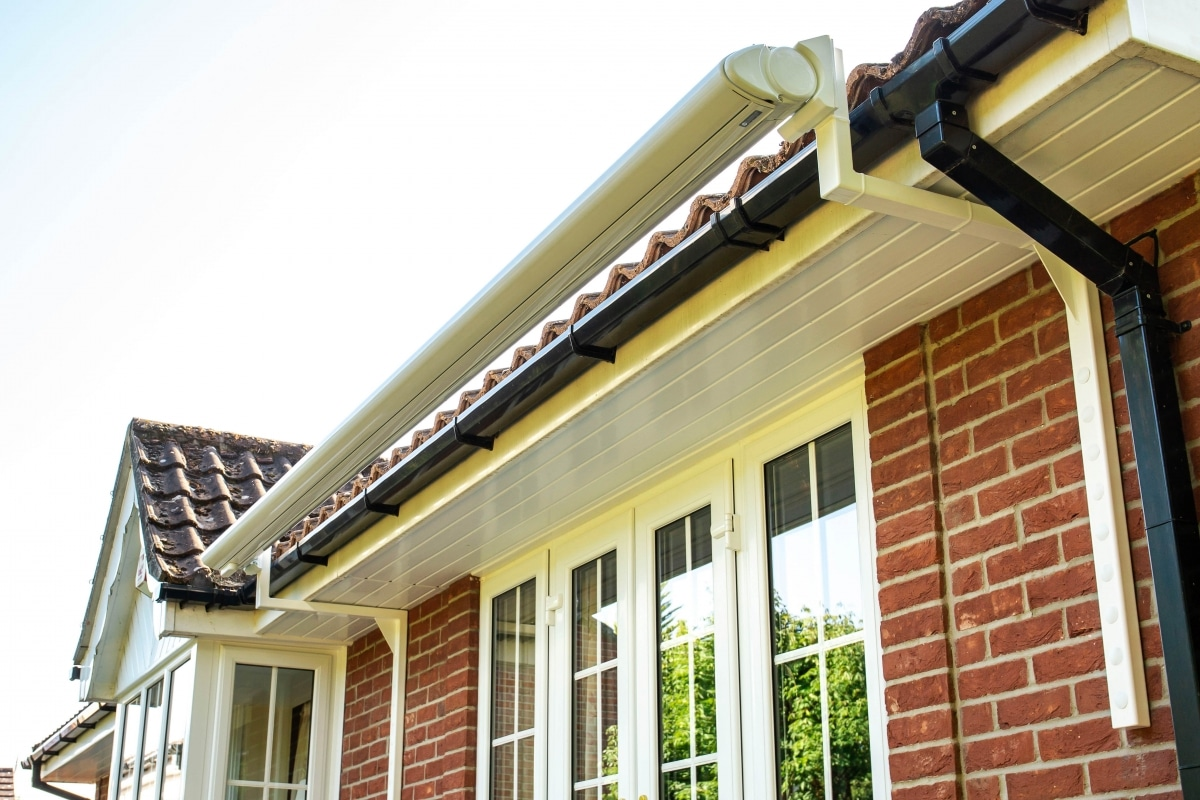 Patio Awning on Cantilever Gutter Brackets