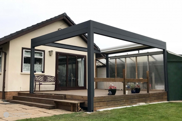 Retractable Louvered Roof Outdoor Living Pod | Freestanding | Caribbean Blinds