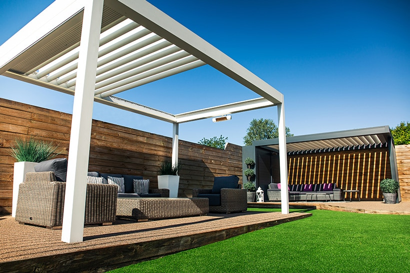 Outdoor Living Showsite | Caribbean Blinds